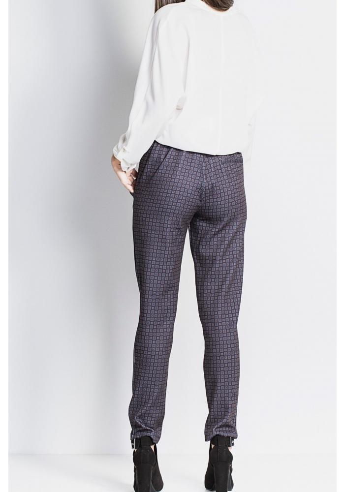 Pantaloni model elastic Medi