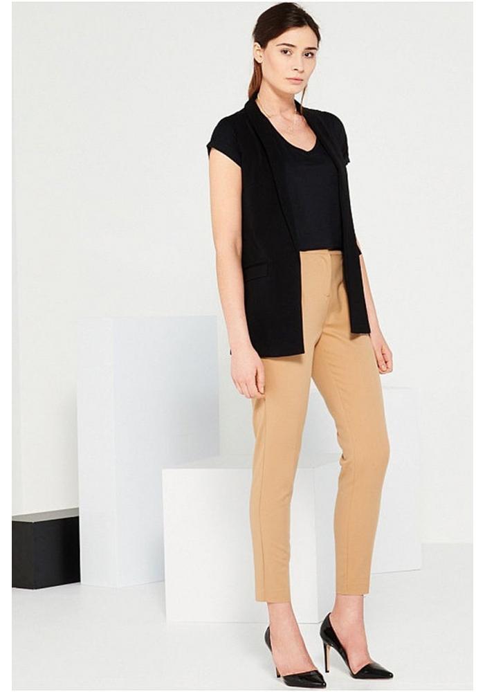 Pantaloni Dama crem cu curea